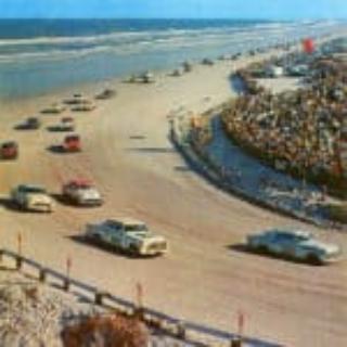 DEZ_030_Last-Beach-Race-Postcard-58