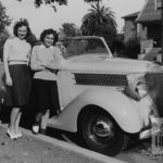 DEZ_128_Girls-and-Car-number-33